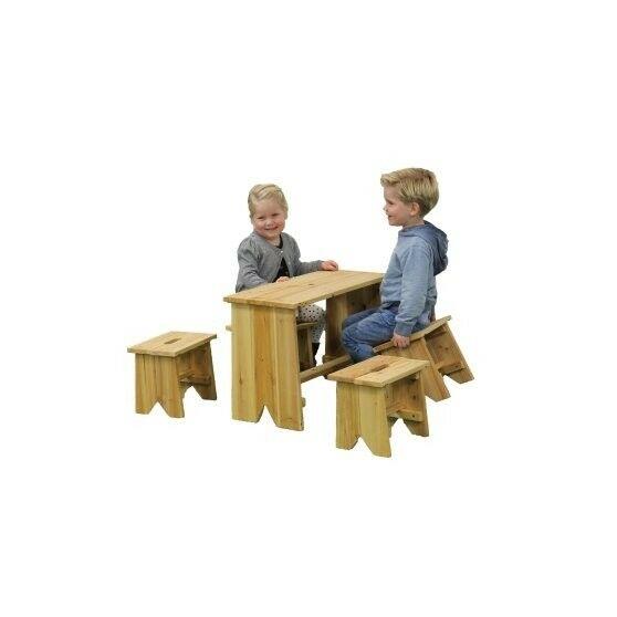 Picknickset met vier kinderkrukjes - Exit (52.90.20.00)