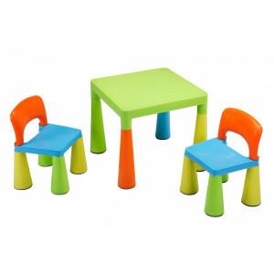 Multi-gekleurde tafels en stoelen voor kinderen